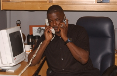Why did Joe Dumars have two phones? – Palace of Pistons